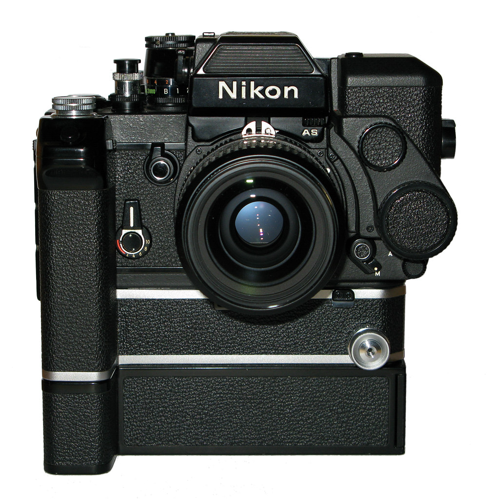 Nikon F2 Titan With As Finder Motor Drive Md 2 Batterie