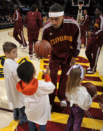 Moon With Kids Before Wizards Game | by Cavs History