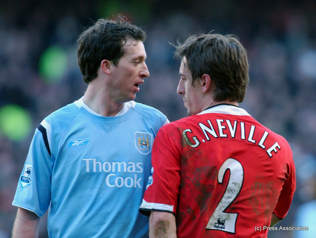 Manchester United >> Robbie Fowler and Gary Neville have a set to | Manchester ...