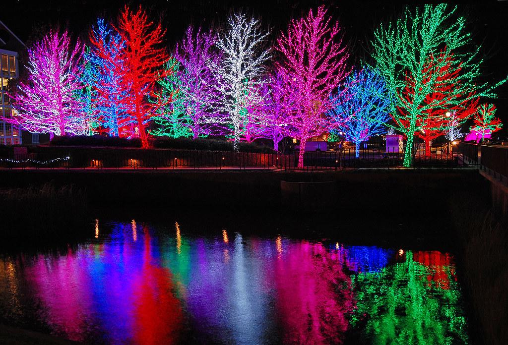 ... Christmas Lights - Chesapeake Energy Corporation | by bg.bryant  sc 1 st  Flickr & Christmas Lights - Chesapeake Energy Corporation | Trees suru2026 | Flickr