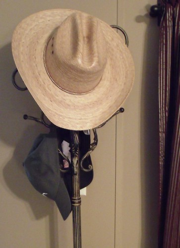 Hey this is my hat and my hat rack, what of it? :D | by Mr is Me