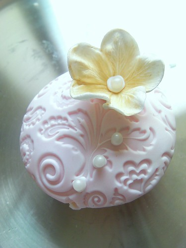 Embossed Cupcake | by More Cake