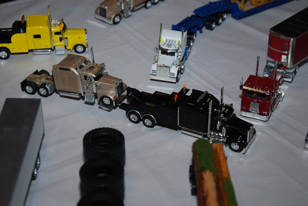 Big Rig Toy Trucks Big Rig Toy Tow Truck With