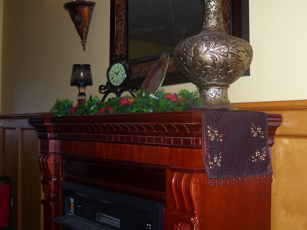 Riverside Dining Room Furniture