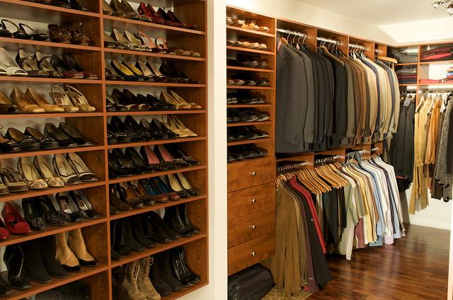 rangement dans la garde robe flickr photo sharing. Black Bedroom Furniture Sets. Home Design Ideas