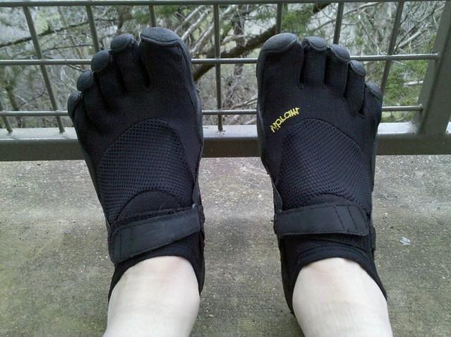 Monkey Feet Running Shoes