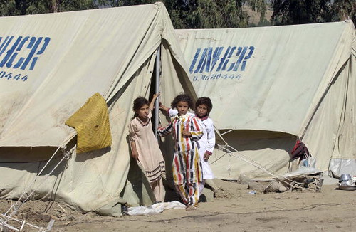 ... UN Refugee Agency Provides Shelter to Quake Victims | by United Nations Photo & UN Refugee Agency Provides Shelter to Quake Victims | Flickr