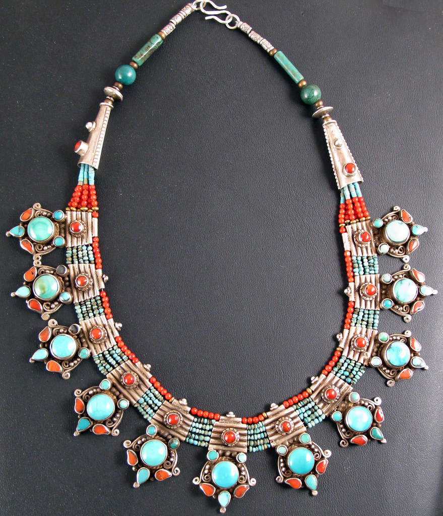 7825c Turquoise Amp Coral Fine Necklace Finely Worked
