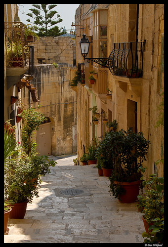 malta old alley houses - photo #23