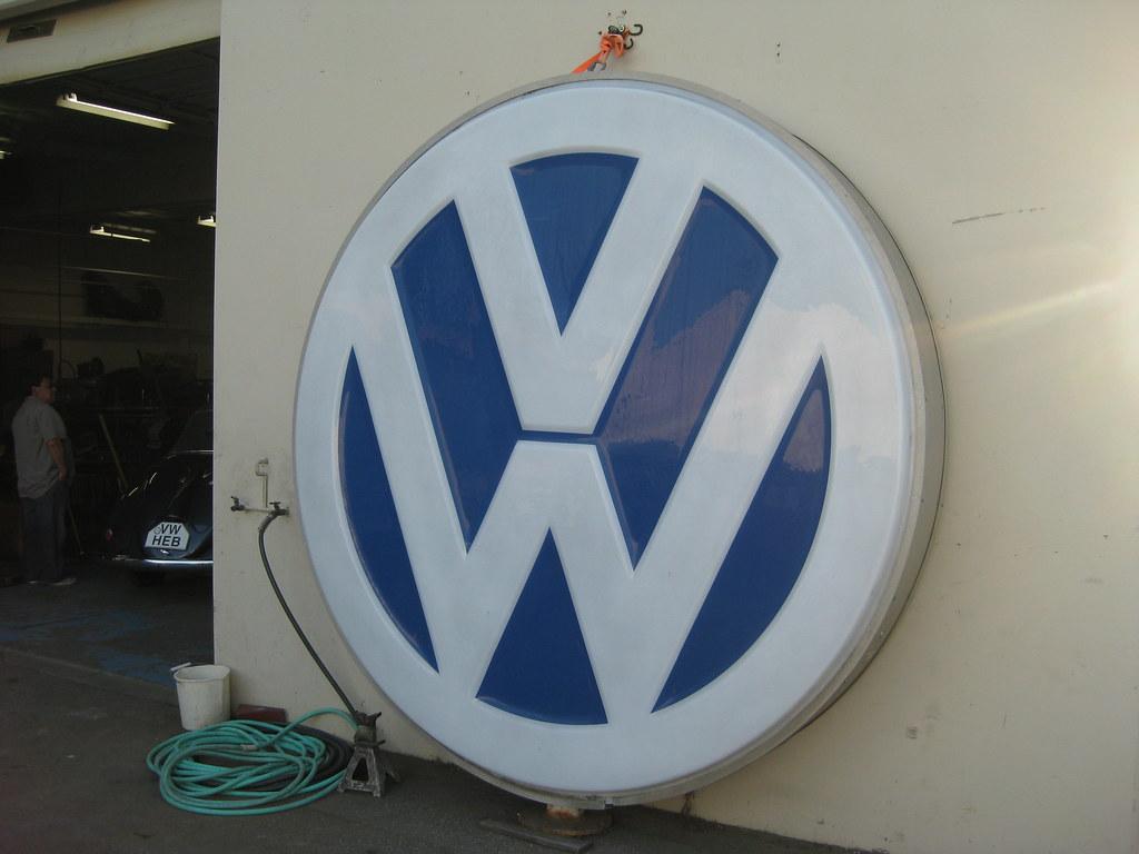 VW dealer sign | Tom Donohue | Flickr
