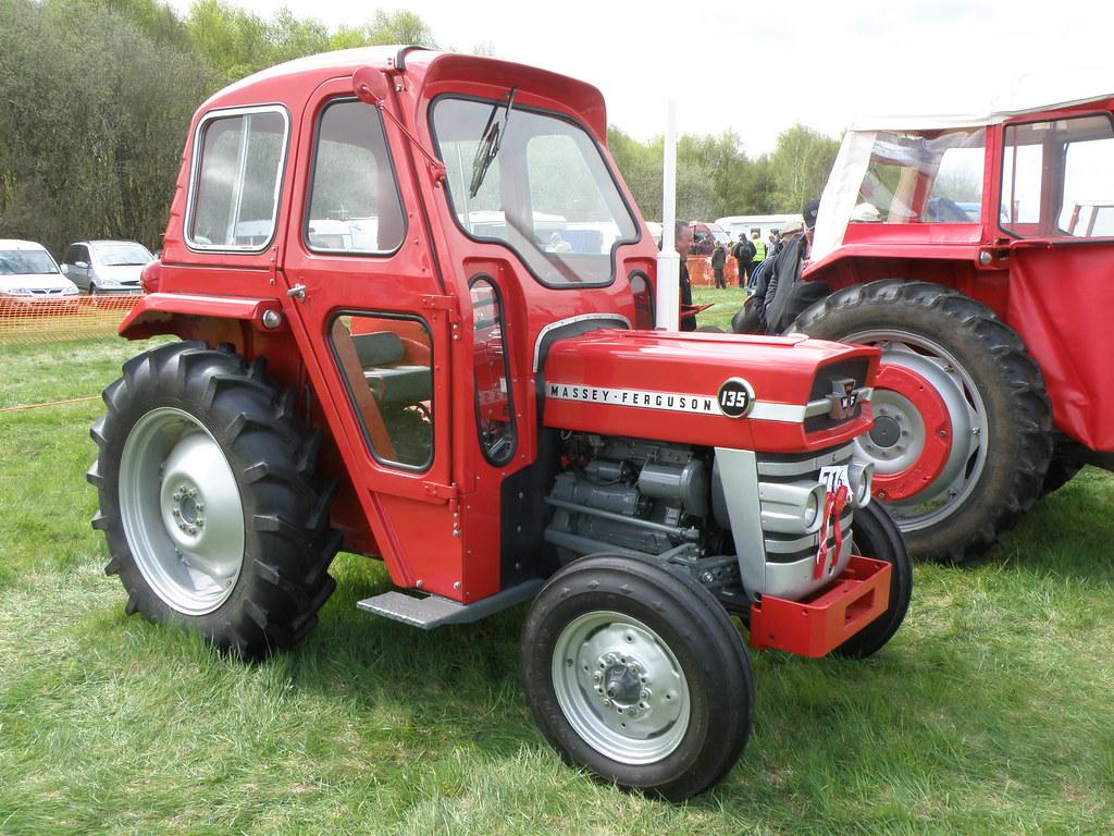 massey ferguson 135 massey ferguson 135 tractor built. Black Bedroom Furniture Sets. Home Design Ideas