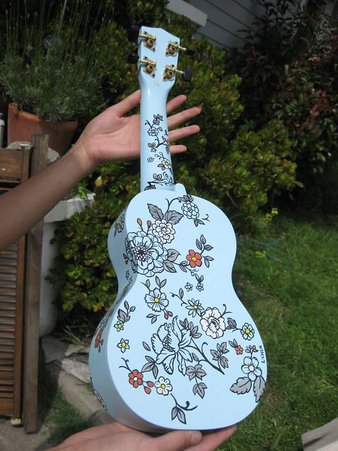 hand painted ukulele blou flickr photo sharing. Black Bedroom Furniture Sets. Home Design Ideas