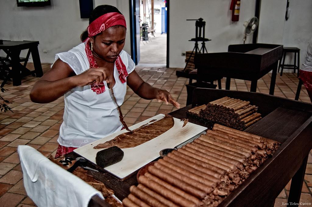 dannemann cigars cigar manufacturing leonardo teles flickr. Black Bedroom Furniture Sets. Home Design Ideas
