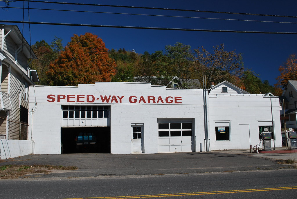 Speed-Way Garage, Waterbury, CT | Located on Thomaston Avenu… | Flickr