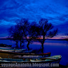 Dusk at Lake | by voyageAnatolia.blogspot.com