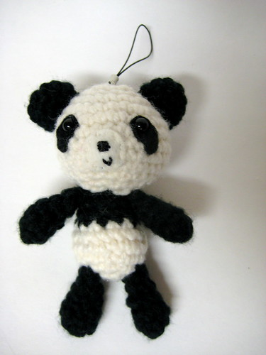 Amigurumi Penguin Cell Phone Strap : Panda Amigurumi panda amigurumi cell phone charm ...