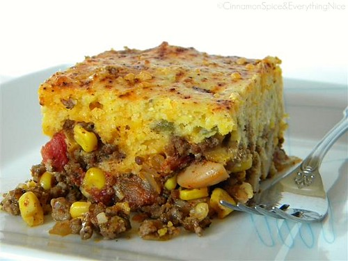 Chili Pie w/ Green Chile & Cheddar Cornbread Crust | by CinnamonKitchn