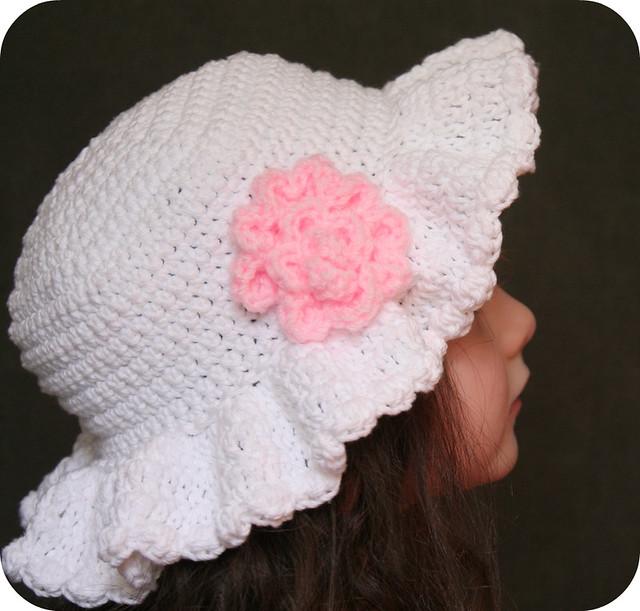 Free Crochet Pattern Easter Hat : Easter Bonnet Hat Crochet Pattern Adorable crochet ...