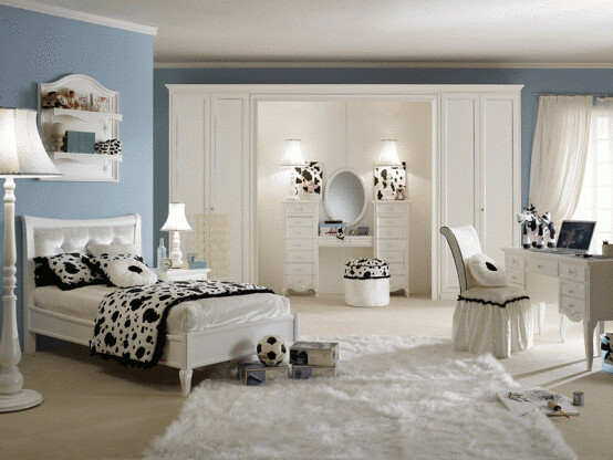 Luxury Bedroom Designs For Small Rooms