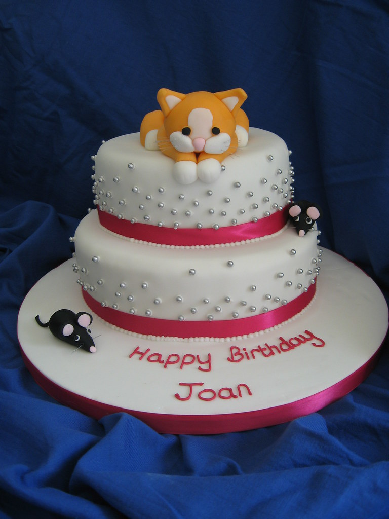 How To Make Cat Shaped Birthday Cake