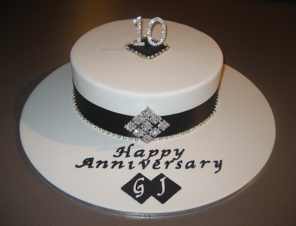 10th Wedding Anniversary Cake I Will Be Delivering This