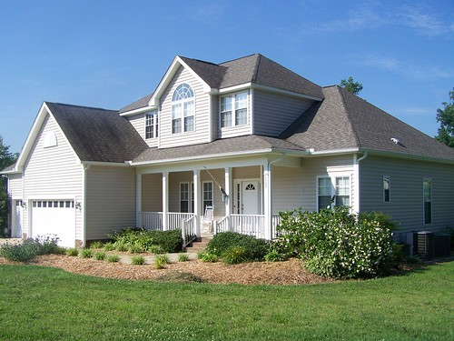4br home with 3 car attached garage 2600 sq foot home for New homes with 3 car garage