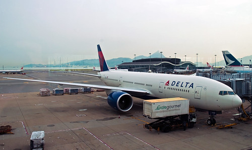 Delta Airlines 777, Hong Kong, Sept. 2010 | by PhillipC