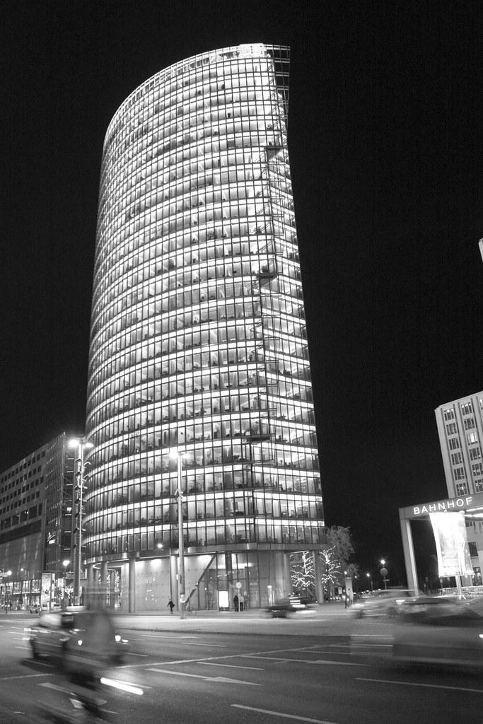 Deutsche Bahn Tower - Berlin Bajo Licencia Creative Common ...