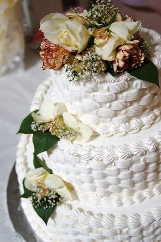 white wedding cake ideas