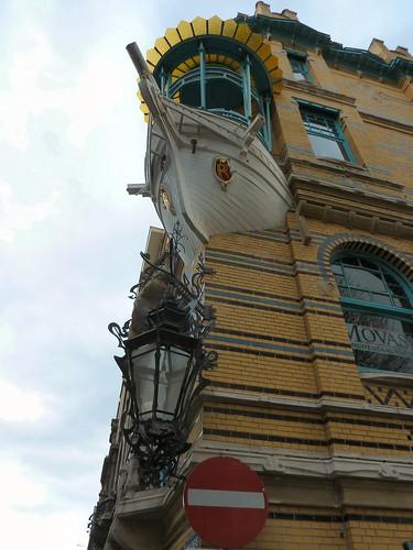 Huis 39 de vijf werelddelen 39 antwerpen huis 39 de vijf wereld flickr - Bell glazen huis in de wereld ...