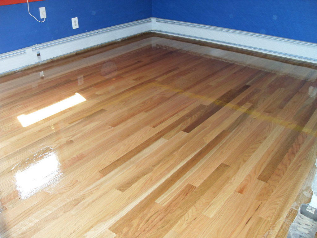 Wood Floor Refinishing Oil Based Polyurethane