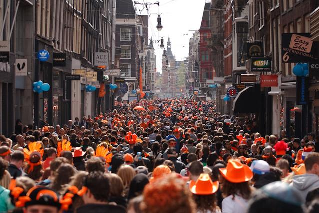 Me For Me >> Koninginnedag 2010 Amsterdam - Orange mass crowd in Leidep…   Flickr
