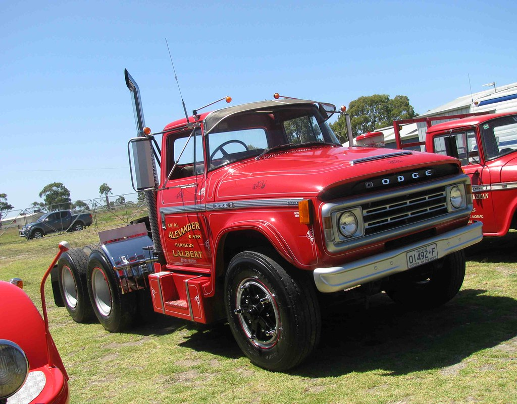 Dodge Diesel Trucks For Sale >> Dodge 700 series | Dodge D5N prime mover fitted with a 6v53 … | Flickr