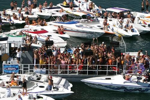 Havasu Spring Break >> Lake Havasu Boat Party www.azspringbreak.com   Tie up on Lak…   Flickr