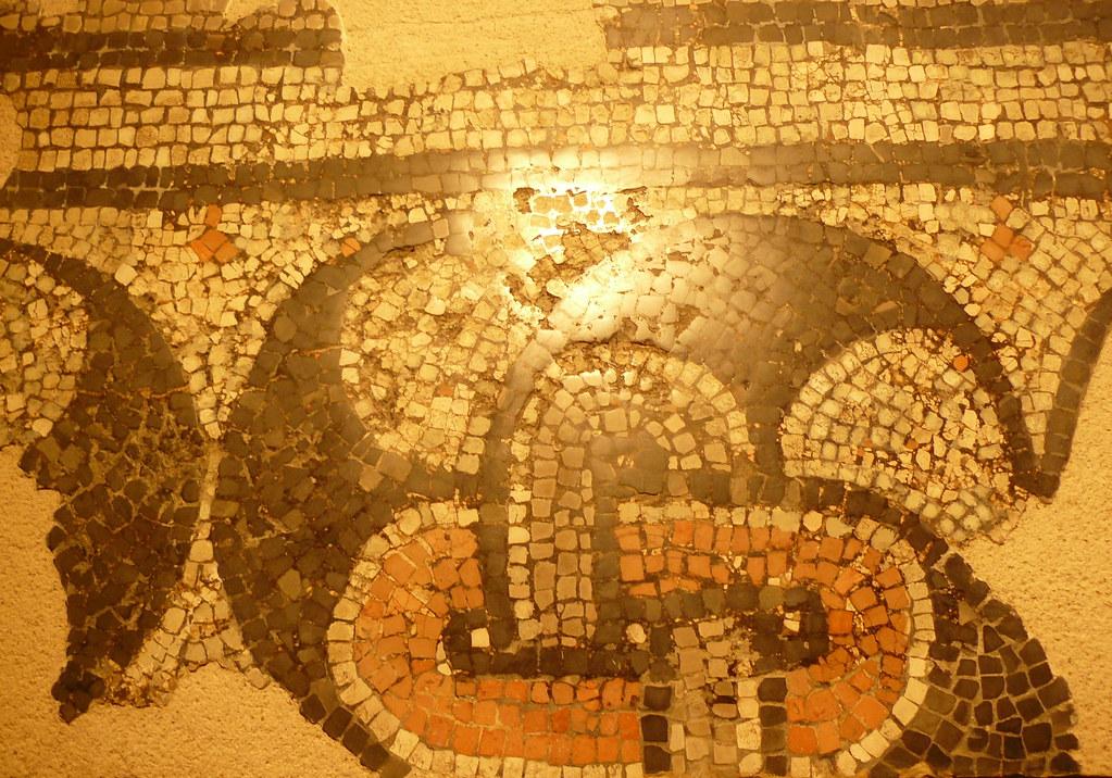 Dax 40 Crypte Gallo Romaine Mosaique A Decor De Peltre Flickr