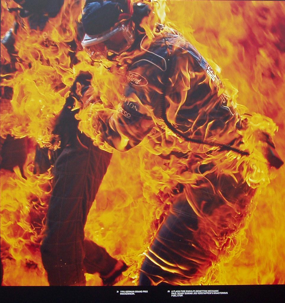 Paul Seaby, Benetton mechanic | Photo of a flash fire ...