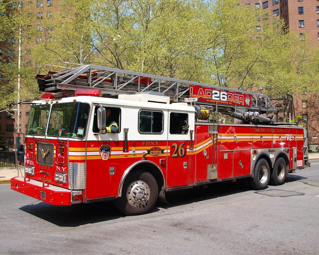 E058l FDNY Fire Factory Ladder 26 Harlem New York City Flickr