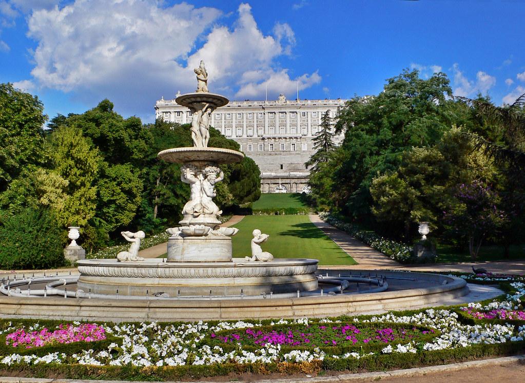 Fuente de las conchas jardines campo del moro madrid flickr - Jardines palacio real madrid ...