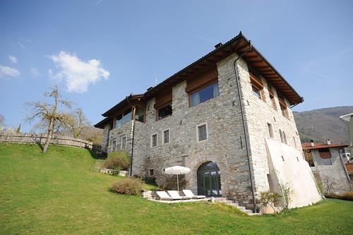 Trentino alto adige agriturismo maso dolcevista lundo t for Arredamento trentino alto adige