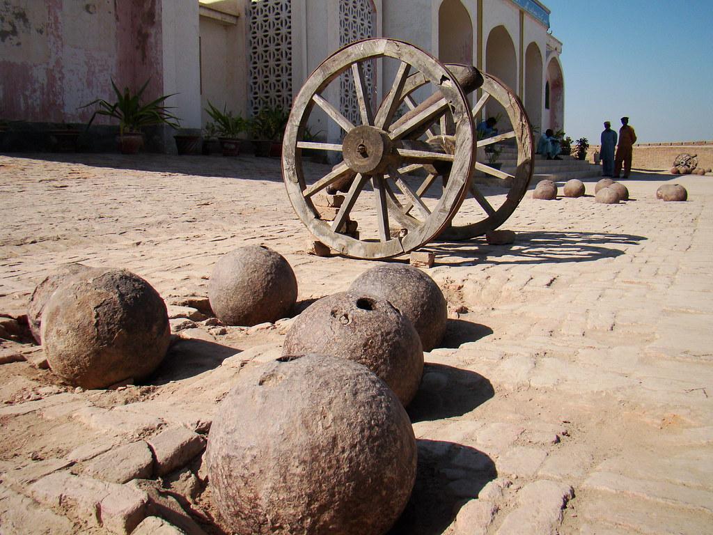 Umerkot Fort Cannon Balls Sohail I Amrelvi Flickr