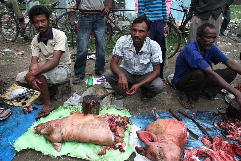 Pigmeat Vendors On The Market In Kohora Assam Sensaos