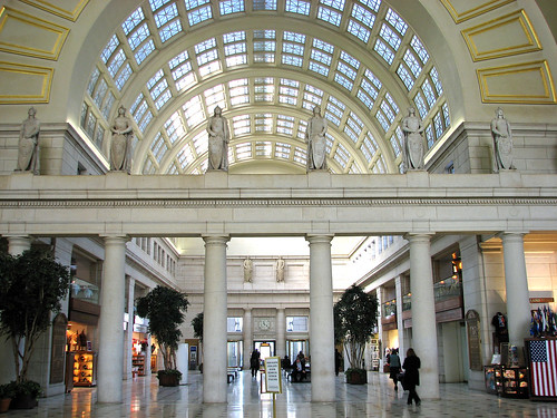 how to get from dca to washington union station