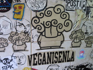 Veganisenla | by veganbackpacker