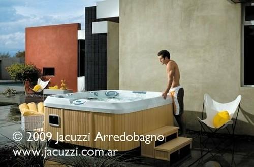 Spa minipiscina jacuzzi jacuzzi argentina arredobagno for Minipiscinas spa