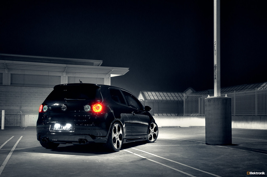 Illektroniks GTI MKV BW Rear 40 60