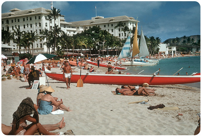 Waikiki Beach, Honolulu, Hawaii – 1959 | Here's a great