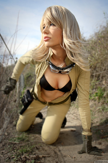 eva eva cosplay from metal gear solid 3 model onpaperwing