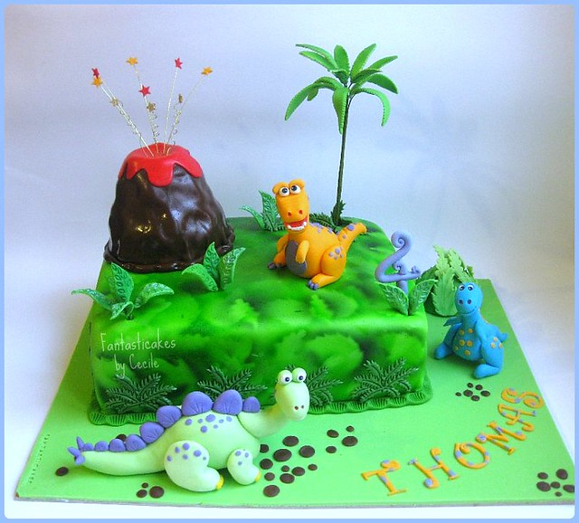 torta dinosauri dinosaurs cake it was a chocolate cake f flickr. Black Bedroom Furniture Sets. Home Design Ideas