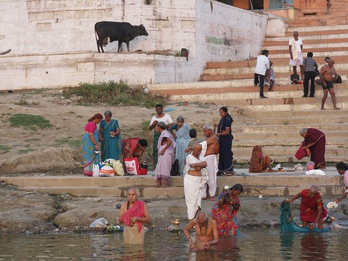 Hindues at Ganges - Hinduer ved Ganges | by bjlarsendk