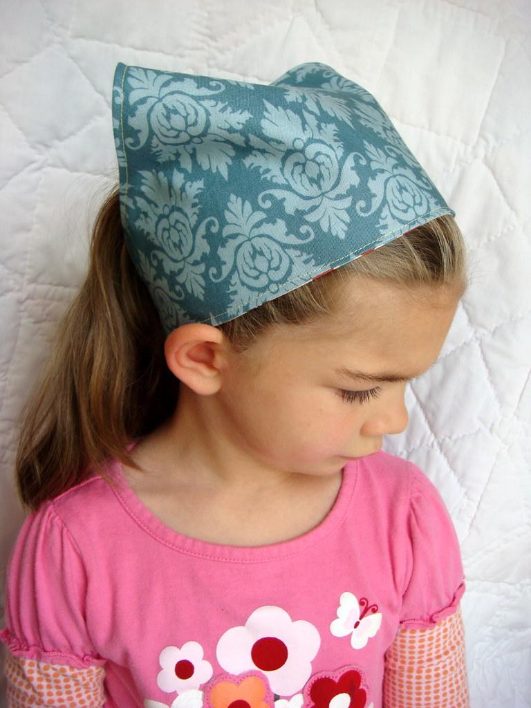 reversible head scarf (russian doll/blue damask)